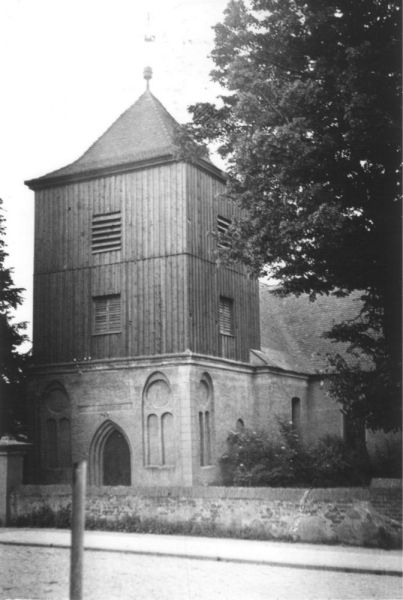 no_06 - Stolzenhagen, Dorfkirche - 02
